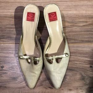 Oscar De La Renta slip on kitten heels gold 7.5